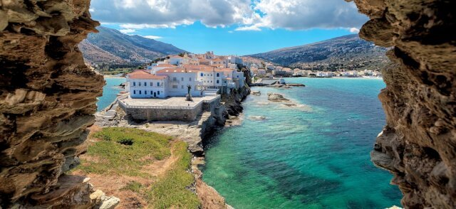 The ever-enchanting Eastern Mediterranean abounds with culture. From Turkey to Montenegro to Greece and beyond, explore with all senses during an Eastern Mediterranean luxury yacht charter