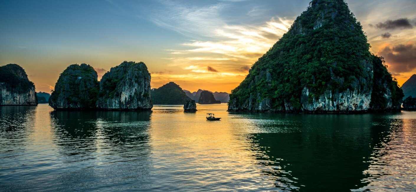 From the urban haven of Ho Chi Minh City to the otherworldly views of Ha Long Bay, a Vietnam luxury yacht charter offers beautiful beaches, bustling cities and stunning cruising grounds