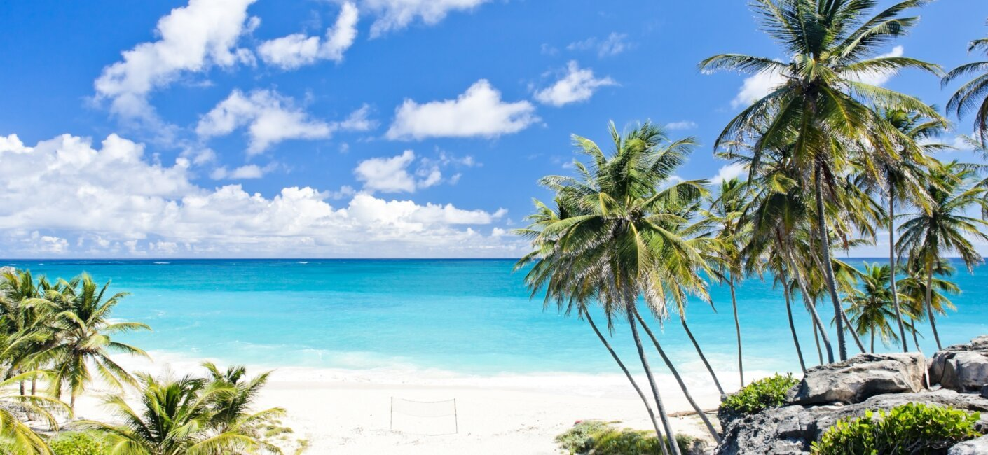 Explore The Beauty Of Caribbean: Windward Islands Luxury Yachting Guide