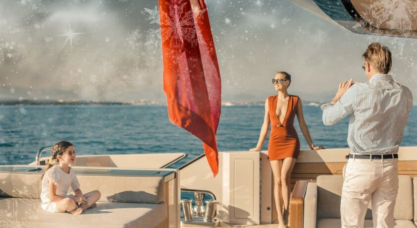 LAST-MINUTE HOLIDAY CHARTER AVAILABILITY