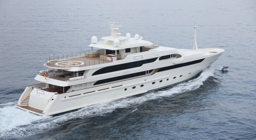 SUPERYACHT MAYBE RECEIVES A MAJOR PRICE REDUCTION