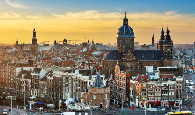 Holland photo 3