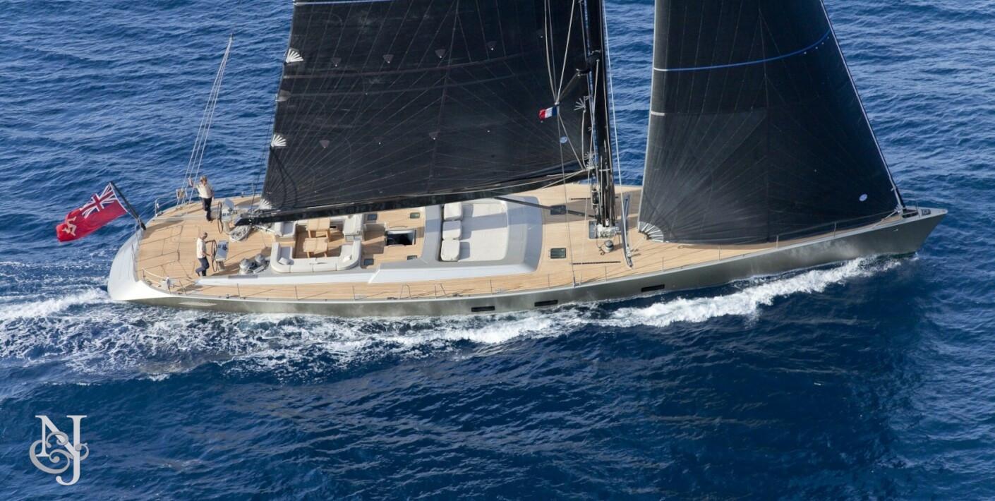 DARK SHADOW Yacht For Sale