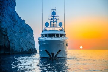 REVELRY yacht for Charter