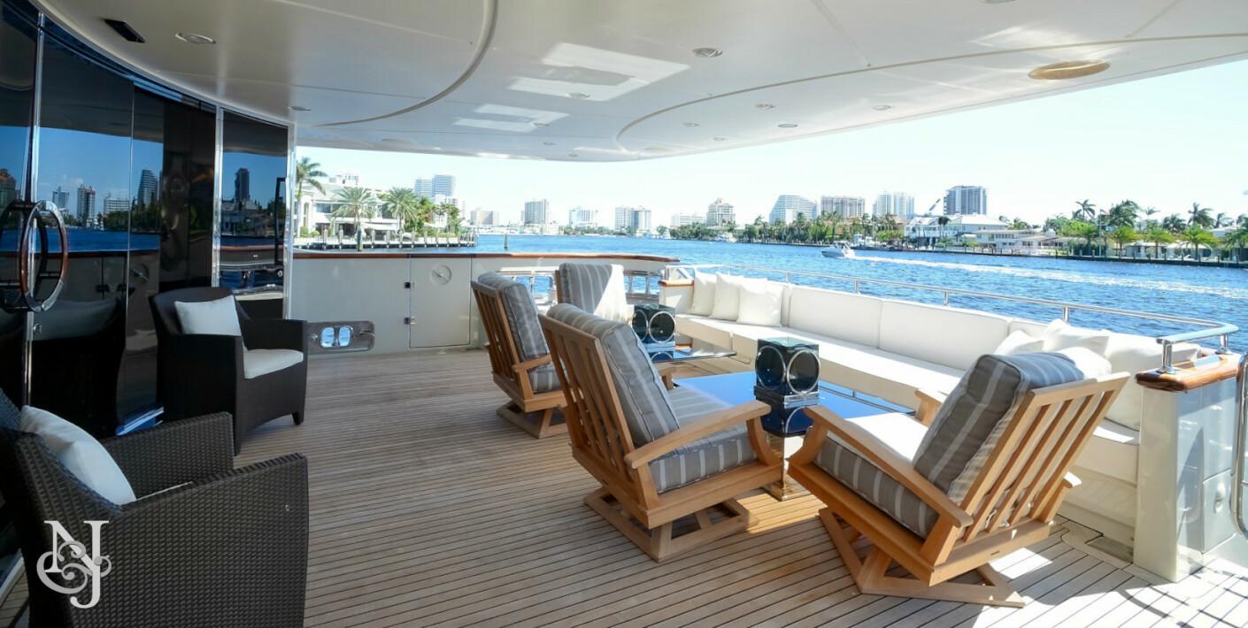 luxury motor yacht kaos for sale northrop johnson. Black Bedroom Furniture Sets. Home Design Ideas
