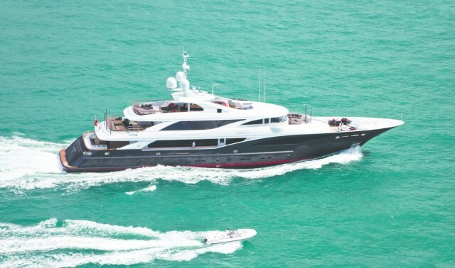 Charter LIBERTY Luxury Yacht