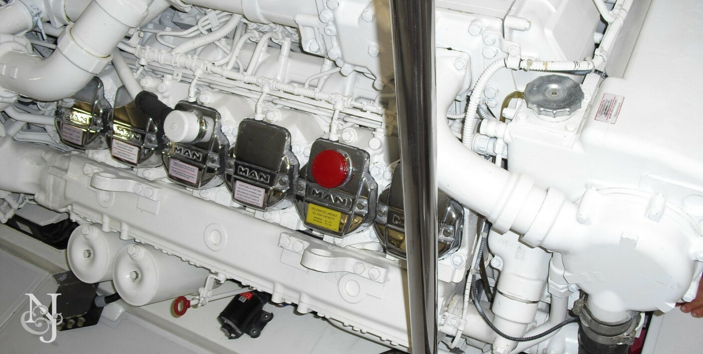 Yacht Crew Luxembourg: Luxury Motor Yacht Isabelle Of Luxembourg For Sale