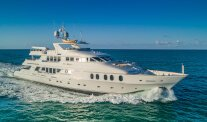 Charter I LOVE THIS BOAT Luxury Yacht