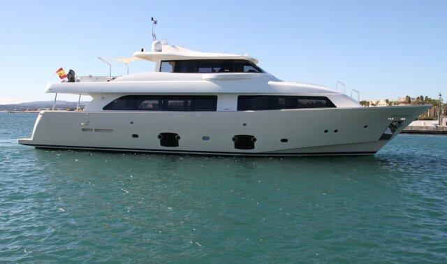Charter MALVASIA  Luxury Yacht